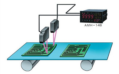Detecting warp of printed circuit boards